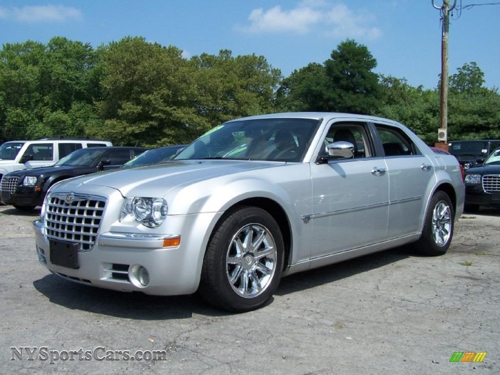 2005 Chrysler 300 C Hemi In Bright Silver Metallic