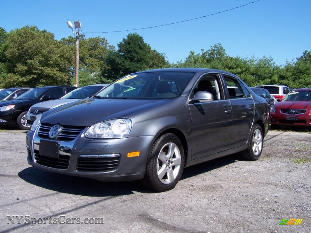 2009 Volkswagen Jetta Se Sedan In Platinum Gray Metallic