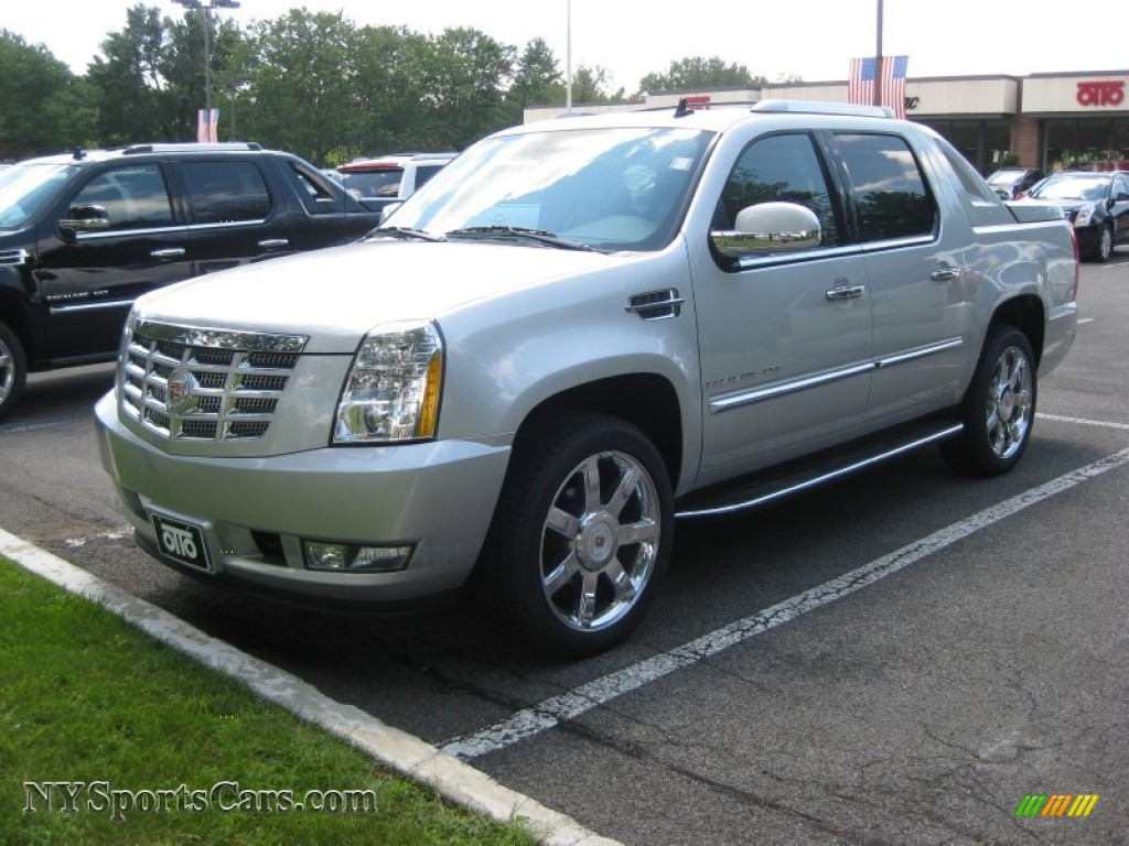 2011 cadillac escalade ext luxury awd in silver lining. Black Bedroom Furniture Sets. Home Design Ideas
