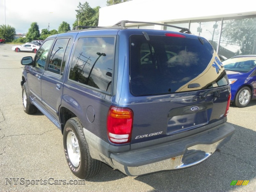2000 ford explorer xlt 4x4 in deep wedgewood blue metallic. Black Bedroom Furniture Sets. Home Design Ideas