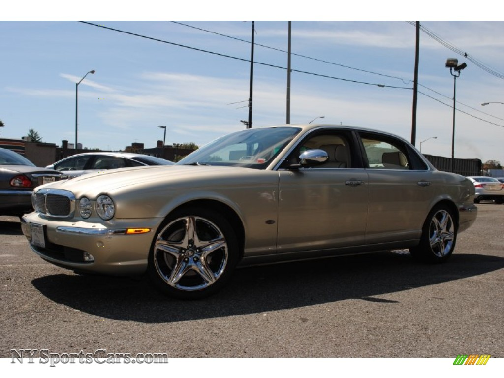2006 Jaguar Xj Vanden Plas In Winter Gold Metallic