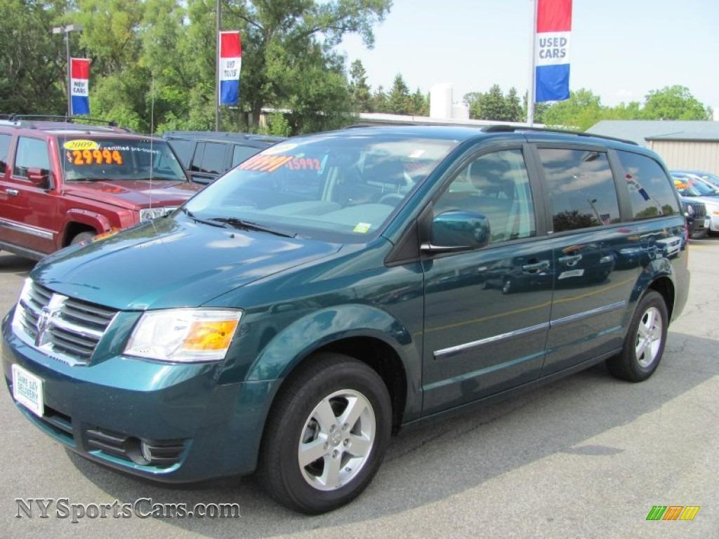 Transitowne 2010 jeep compass sport in bright silver metallic 549467 transitowne 2009 dodge grand caravan sxt in melbourne green pearl