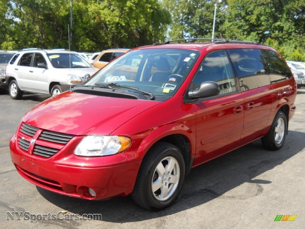 2015 Dodge Grand Caravan Sxt >> 2005 Dodge Grand Caravan SXT in Inferno Red Crystal Pearl - 573193 | NYSportsCars.com - Cars for ...