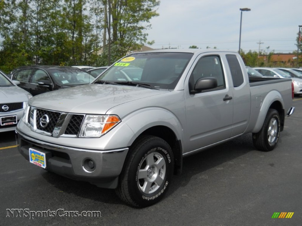 2007 nissan frontier se king cab 4x4 in radiant silver 461737 cars for. Black Bedroom Furniture Sets. Home Design Ideas