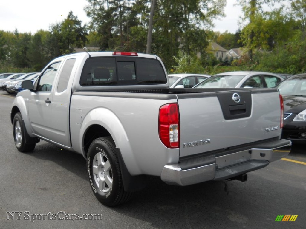 2007 nissan frontier se king cab 4x4 in radiant silver photo 12 461737. Black Bedroom Furniture Sets. Home Design Ideas