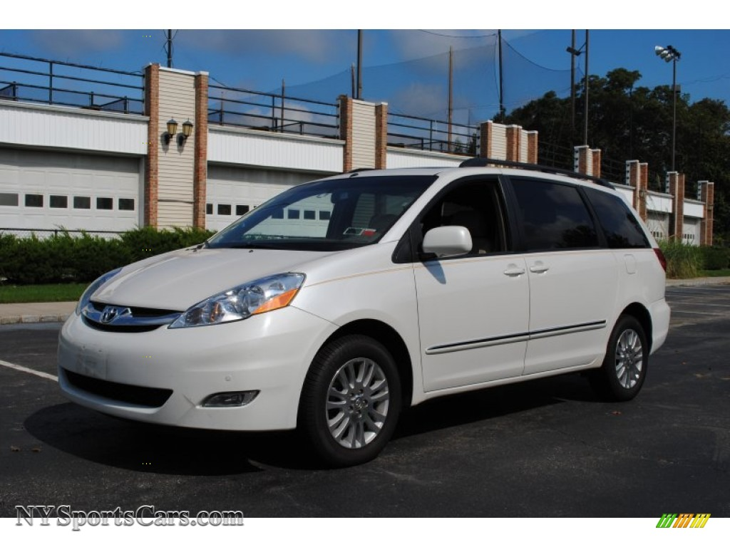 Arctic frost pearl white taupe toyota sienna xle limited awd