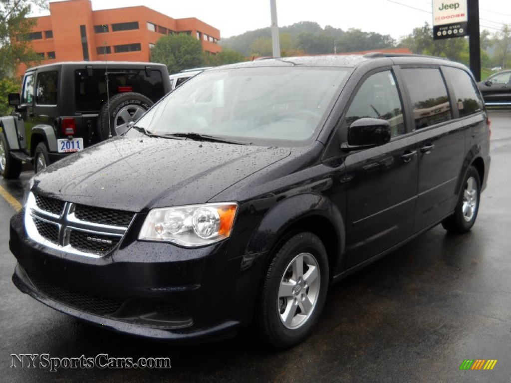 2011 dodge grand caravan mainstreet in blackberry pearl 677892 cars for. Black Bedroom Furniture Sets. Home Design Ideas