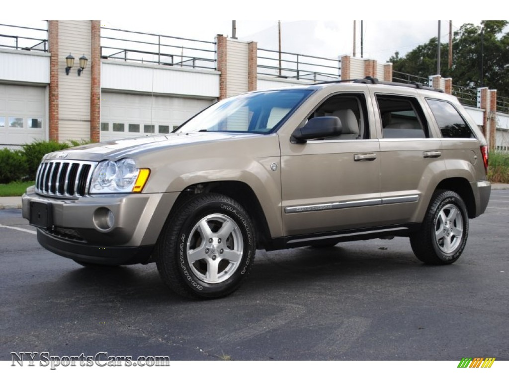 2005 jeep grand cherokee limited 4x4 in light khaki metallic 669778 cars. Black Bedroom Furniture Sets. Home Design Ideas