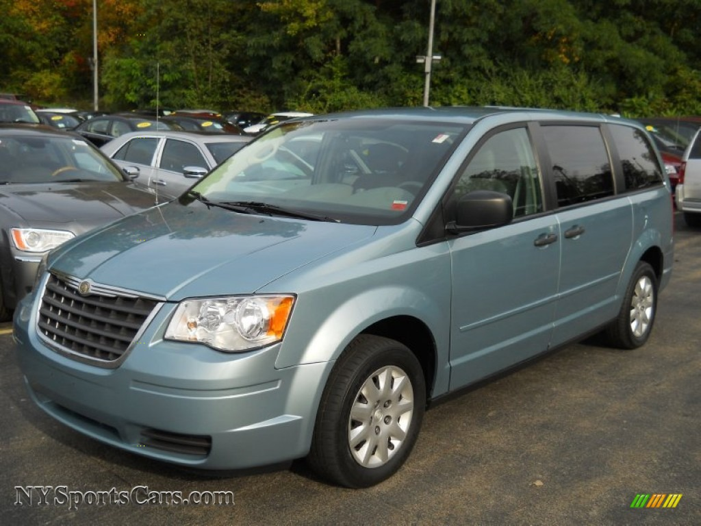 2008 chrysler town country lx in clearwater blue pearlcoat 727083 cars. Black Bedroom Furniture Sets. Home Design Ideas