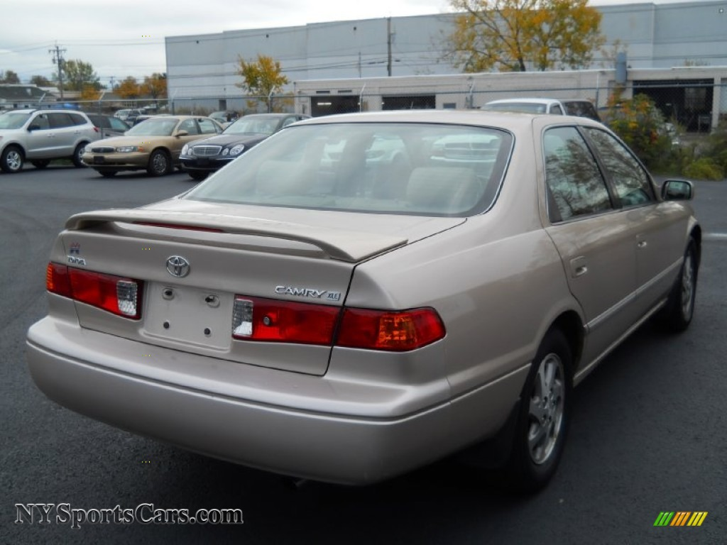 Cars For Sale Rochester Ny >> 2001 Toyota Camry XLE in Cashmere Beige Metallic photo #2 - 115638 | NYSportsCars.com - Cars for ...