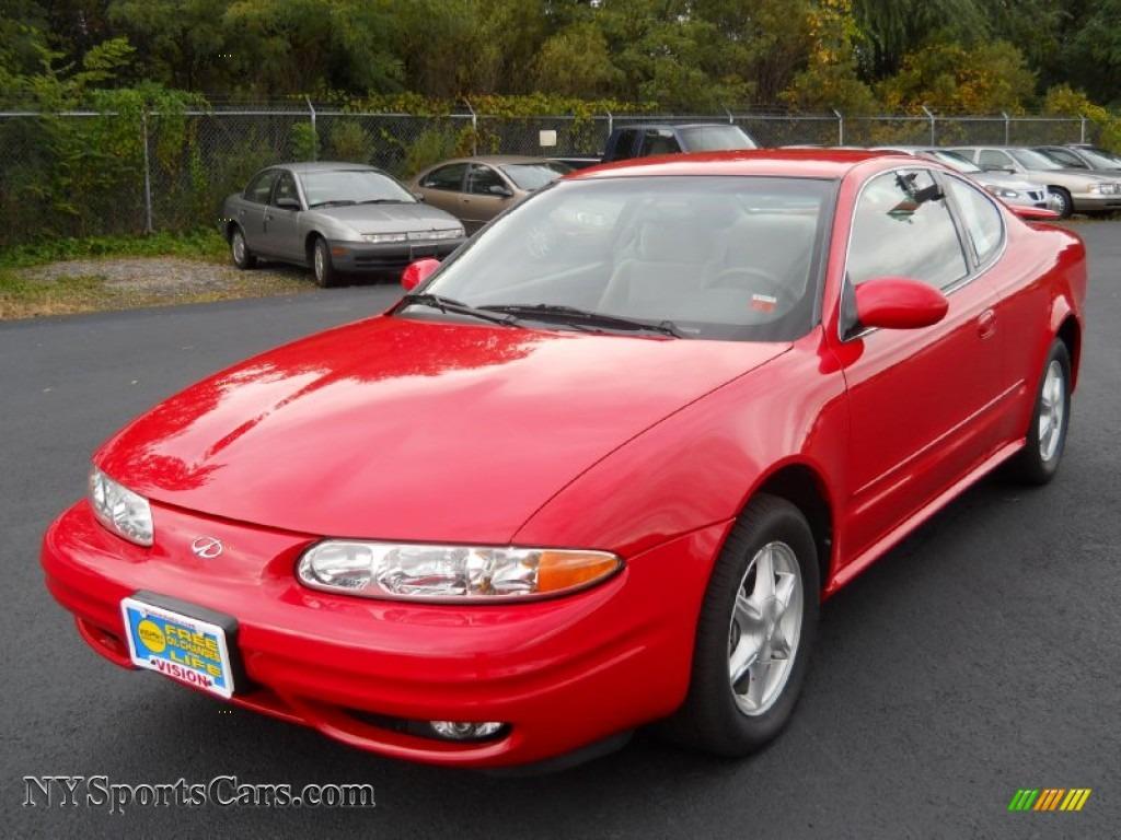 2001 Oldsmobile Alero Gl Coupe In Bright Red 150302