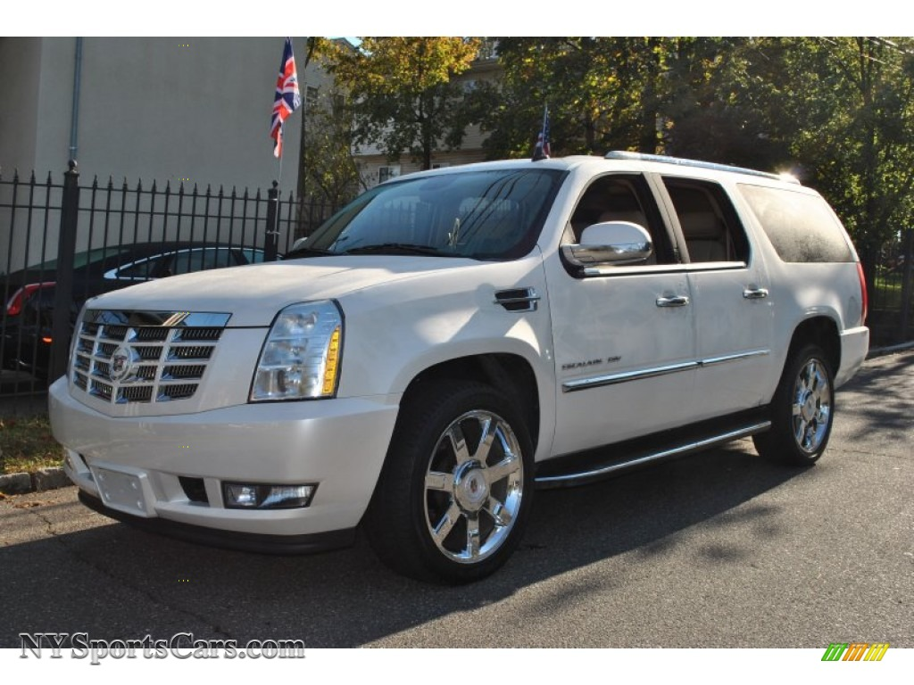 2010 cadillac escalade esv luxury awd in white diamond. Black Bedroom Furniture Sets. Home Design Ideas