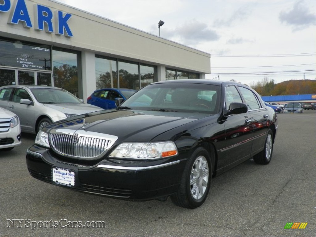 2010 lincoln town car for sale	  2010 Lincoln Town Car Signature Limited in Black - 612605 ...