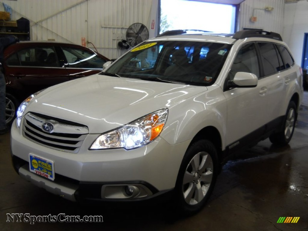 2011 Subaru Outback 3 6r Limited Wagon In Satin White
