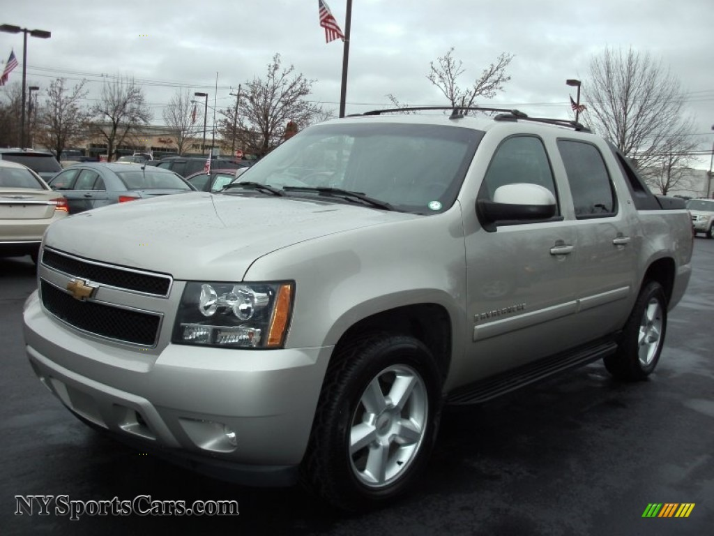 2008 chevrolet avalanche lt 4x4 in silver birch metallic. Black Bedroom Furniture Sets. Home Design Ideas
