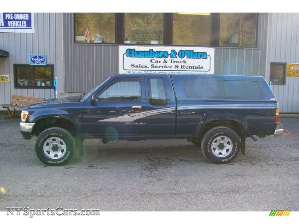 1993 Toyota Pickup Deluxe V6 Extended Cab 4x4 In Blue