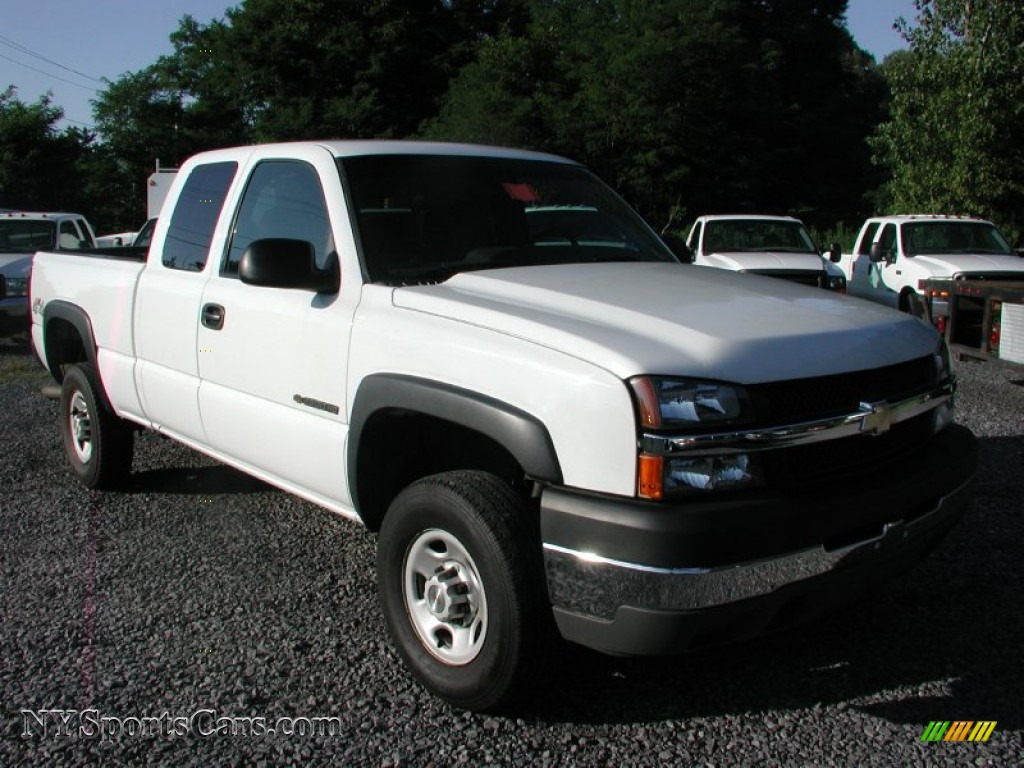 2007 chevrolet silverado 2500hd classic ls extended cab 4x4 in summit white 112733. Black Bedroom Furniture Sets. Home Design Ideas