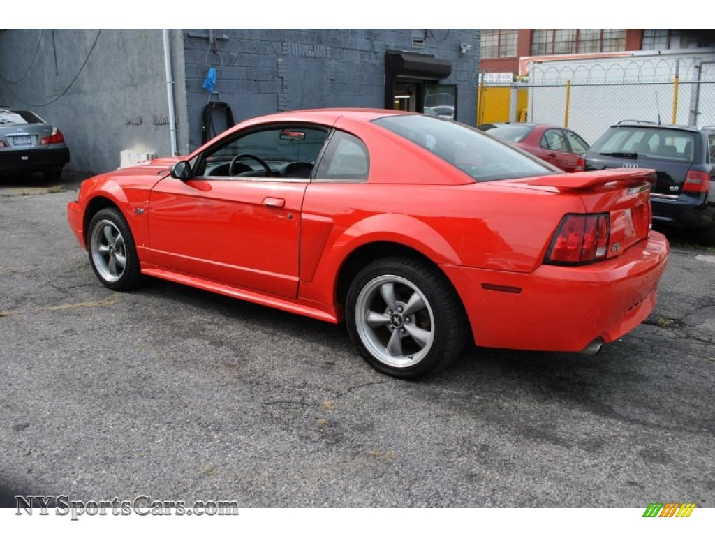 2001 ford mustang gt coupe in performance red photo 3. Black Bedroom Furniture Sets. Home Design Ideas