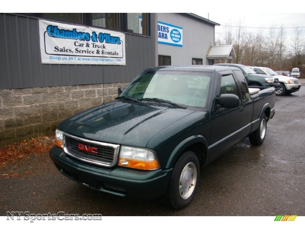 2002 Gmc Sonoma Sls Extended Cab In Polo Green Metallic 252732 Nysportscars Com Cars For Sale In New York