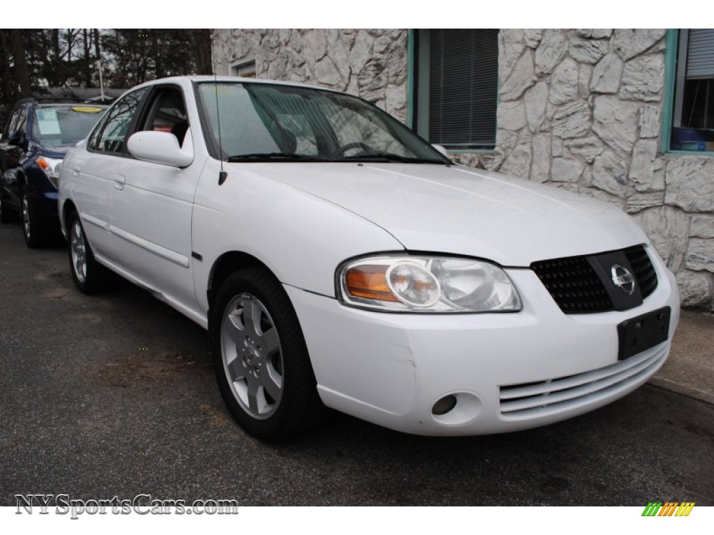 2005 nissan sentra 1 8 s special edition in cloud white photo 5 480164. Black Bedroom Furniture Sets. Home Design Ideas