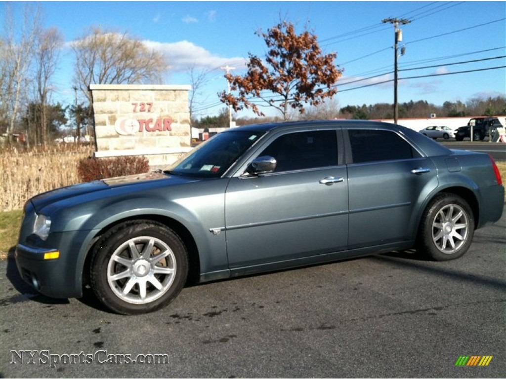2005 chrysler 300 c hemi in magnesium pearl 154448 cars for sale in new york. Black Bedroom Furniture Sets. Home Design Ideas