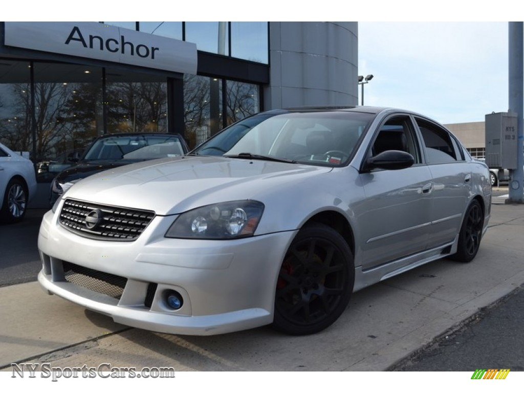 2005 nissan altima 3.5 se-r in sheer silver metallic - 248614