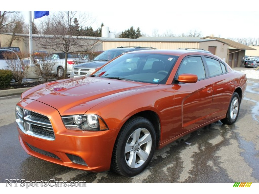 2011 Dodge Charger Se In Toxic Orange Pearl 534242