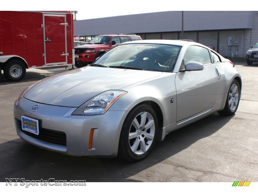 2004 nissan 350z touring coupe in chrome silver metallic 064316 chrome silver metallic frost nissan 350z touring coupe vanachro Images