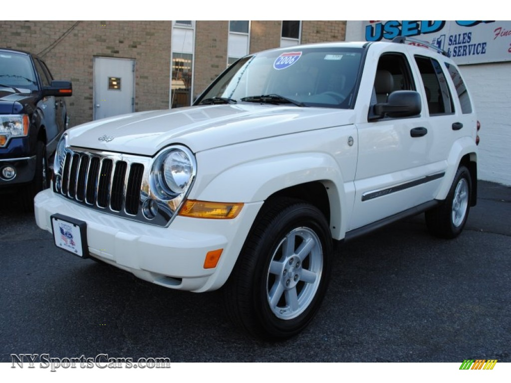 2006 jeep liberty limited 4x4 in stone white 147669 cars for sale in new york. Black Bedroom Furniture Sets. Home Design Ideas