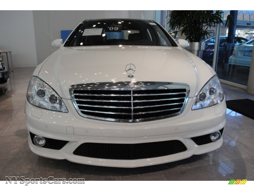 2009 mercedes benz s 63 amg sedan in arctic white photo 2 for Mercedes benz northern blvd