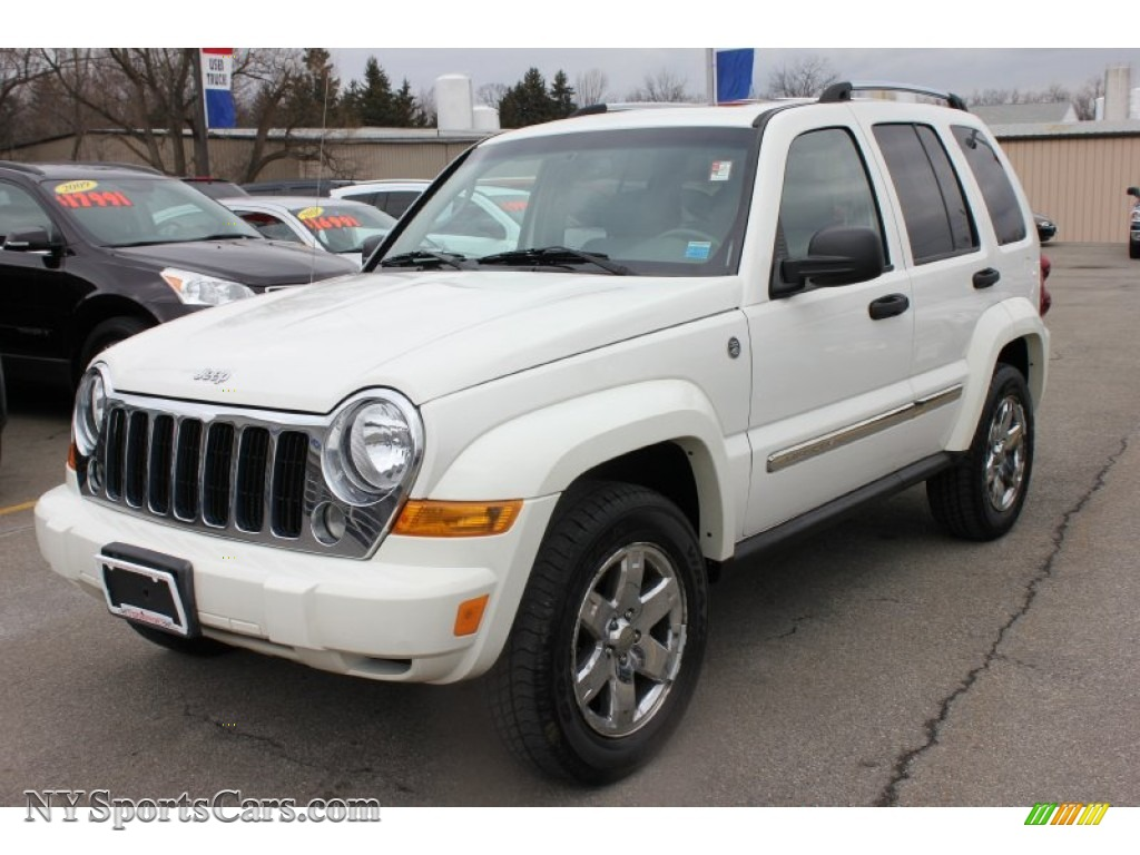 2006 jeep liberty limited 4x4 in stone white - 216950