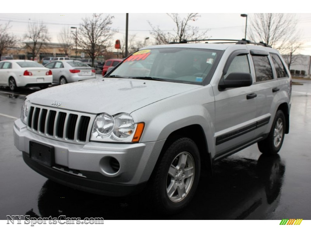 2006 Jeep Grand Cherokee Laredo 4x4 In Bright Silver Metallic 142220 Nysportscars Com Cars