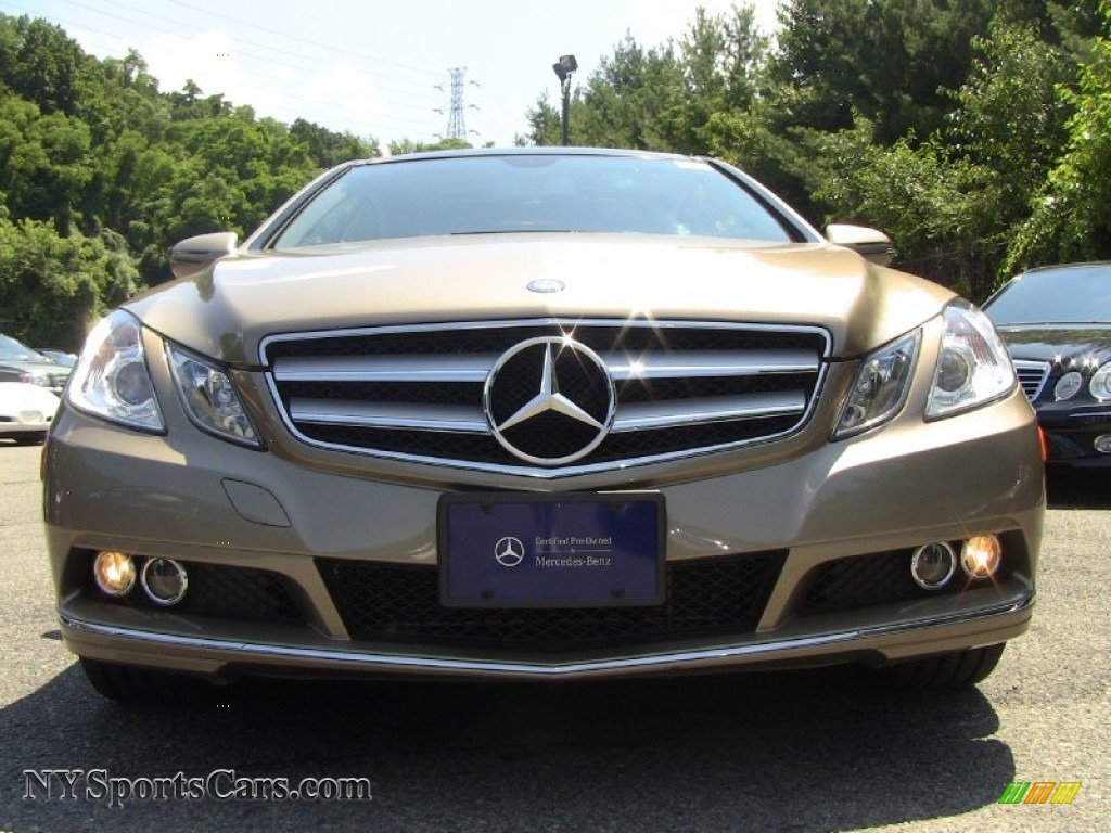 2010 mercedes benz e 350 coupe in pearl beige metallic. Black Bedroom Furniture Sets. Home Design Ideas