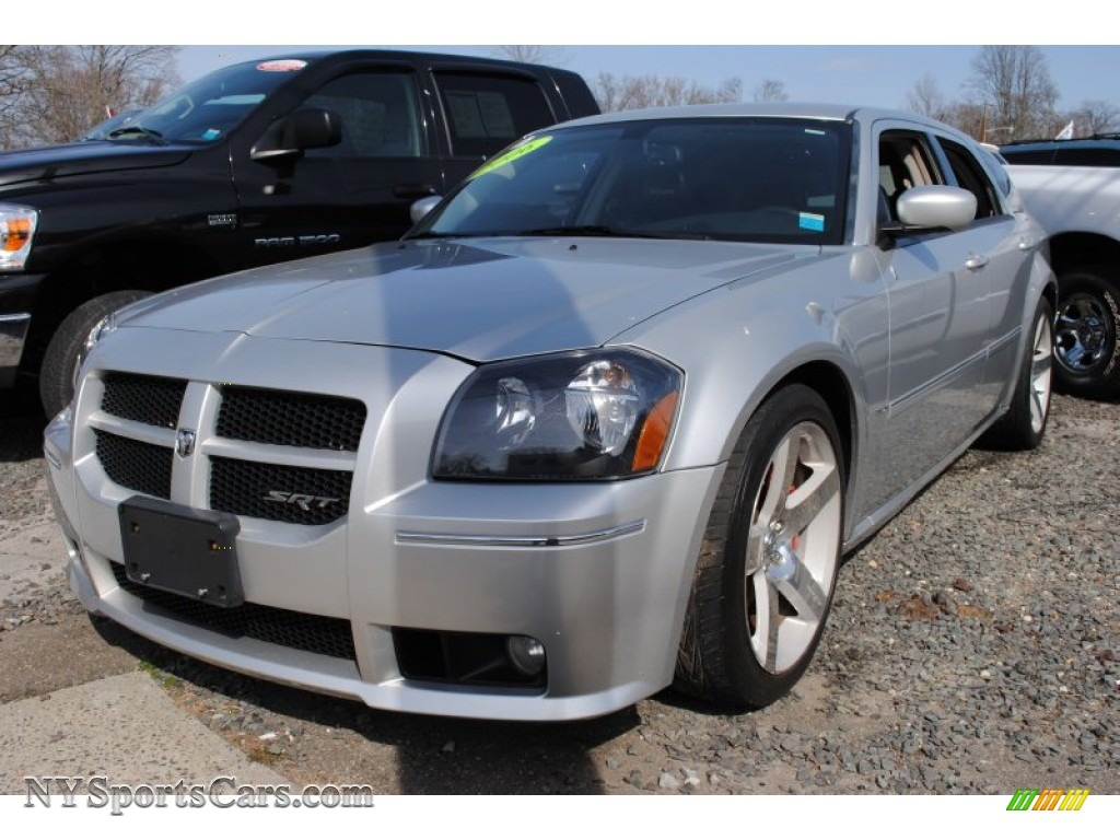 2006 Dodge Magnum Srt 8 In Bright Silver Metallic Photo 8