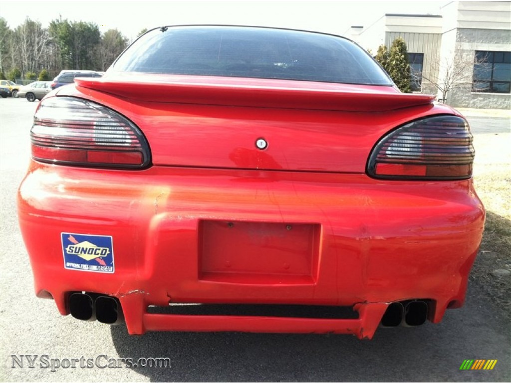 2003 pontiac grand prix gtp sedan in victory red photo 7 112607 cars for. Black Bedroom Furniture Sets. Home Design Ideas