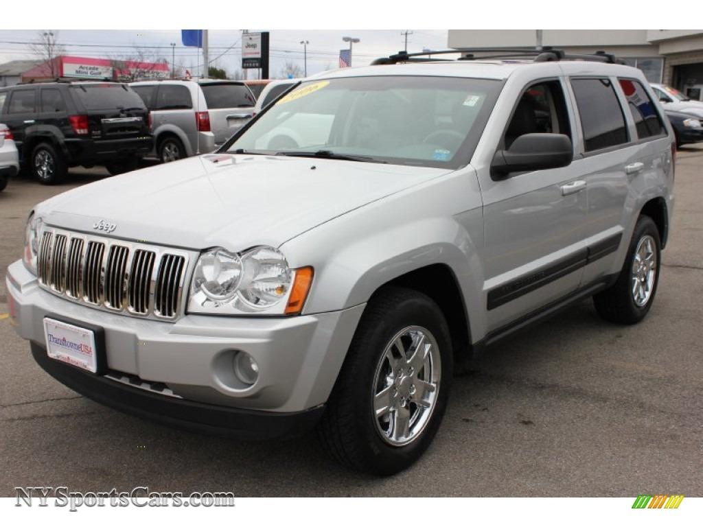 2006 jeep grand cherokee laredo 4x4 in bright silver metallic 135475. Cars Review. Best American Auto & Cars Review