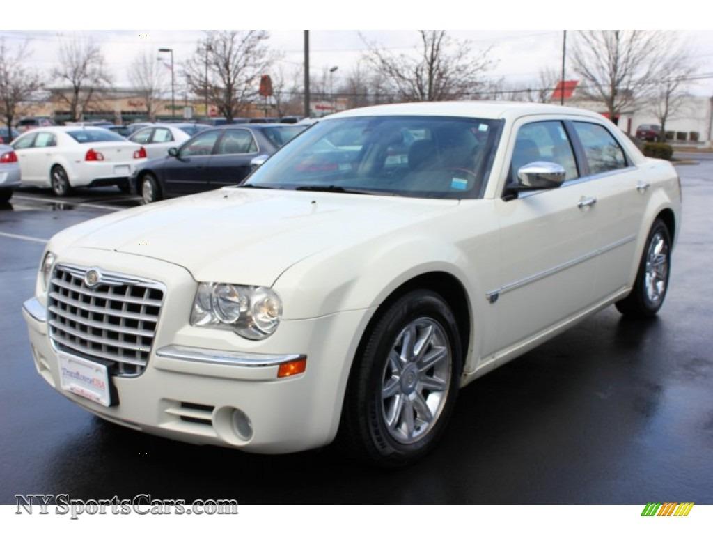 Chrysler 300 hemi c 2006