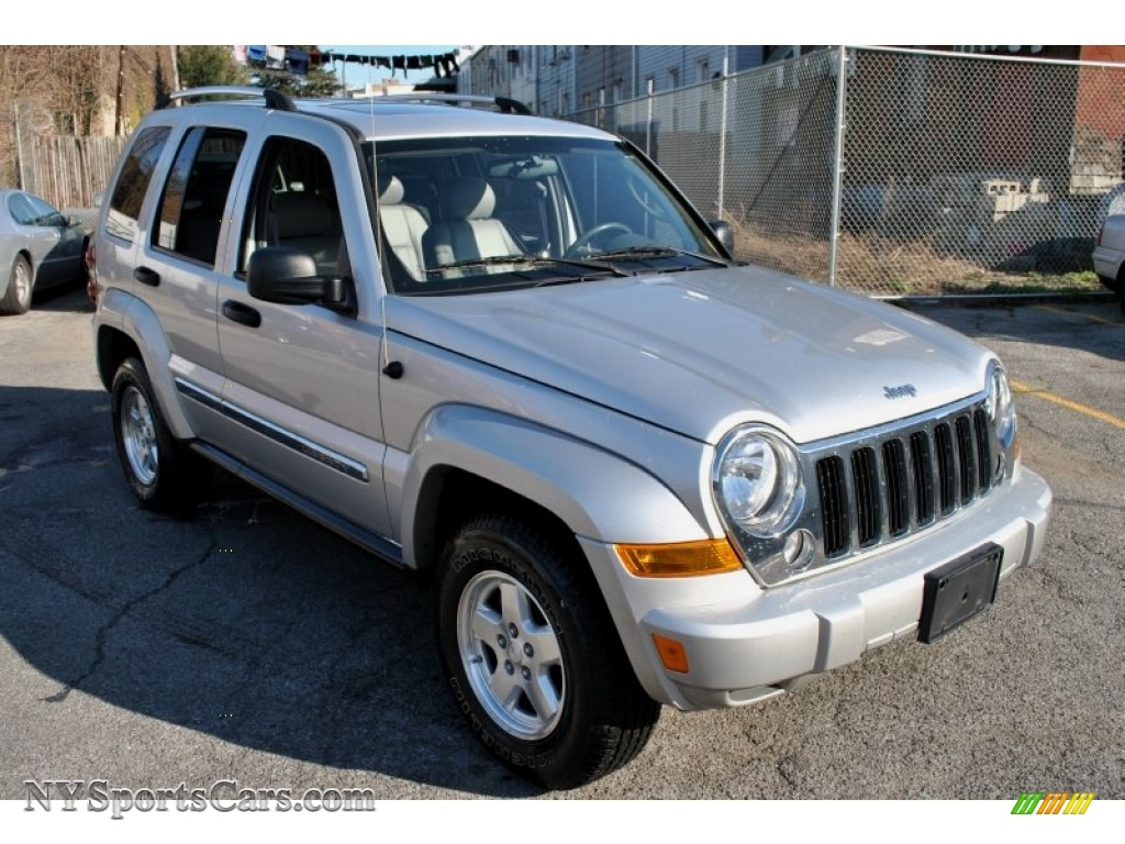 All Types liberty crd : 2005 Jeep Liberty CRD Limited 4x4 in Bright Silver Metallic ...