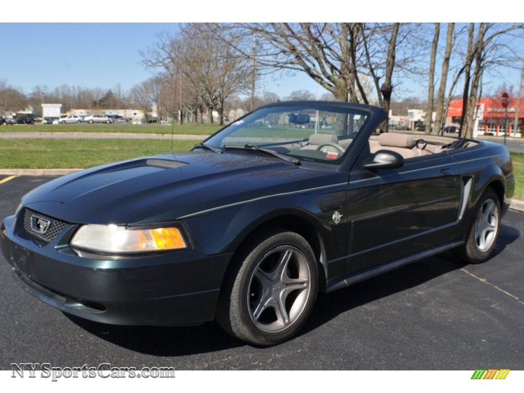 1999 ford mustang v6 convertible in dark green satin. Black Bedroom Furniture Sets. Home Design Ideas