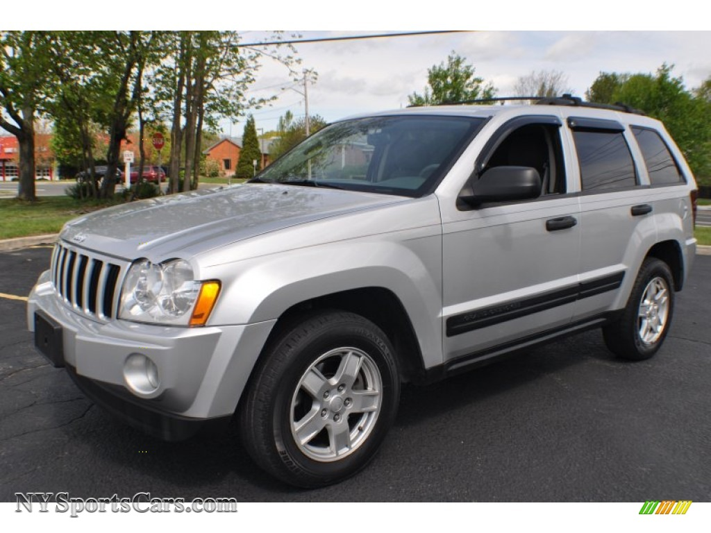 2005 jeep grand cherokee laredo 4x4 in bright silver metallic