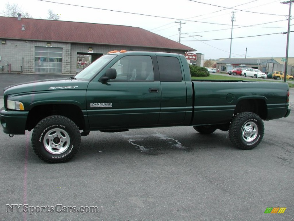 2000 dodge ram 2500 slt extended cab 4x4 in forest green pearlcoat photo 3 157752. Black Bedroom Furniture Sets. Home Design Ideas