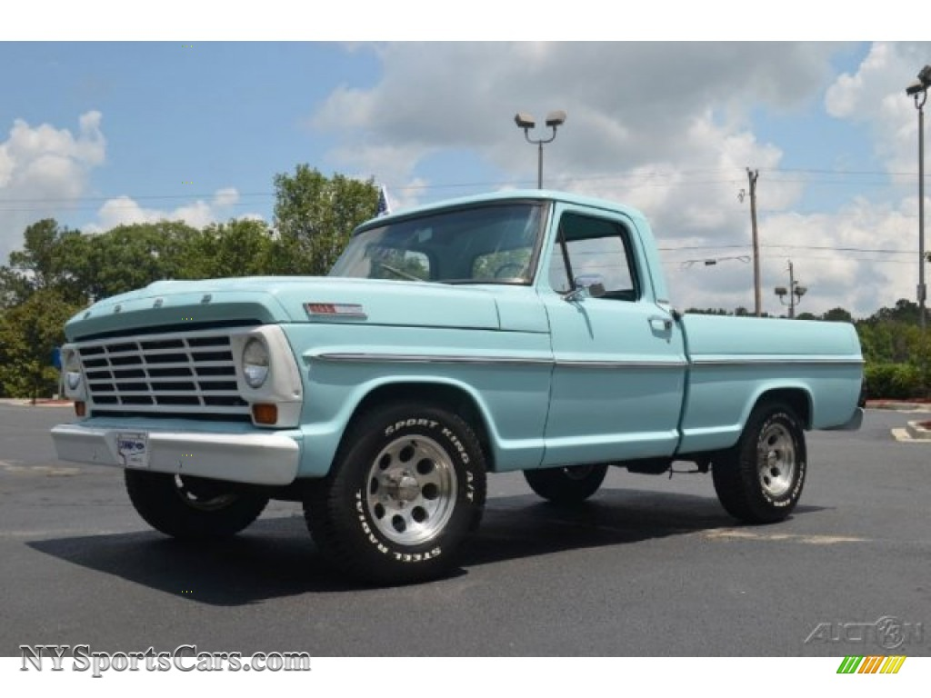 1967 Ford F100 Custom Cab In Frost Turquoise A86779