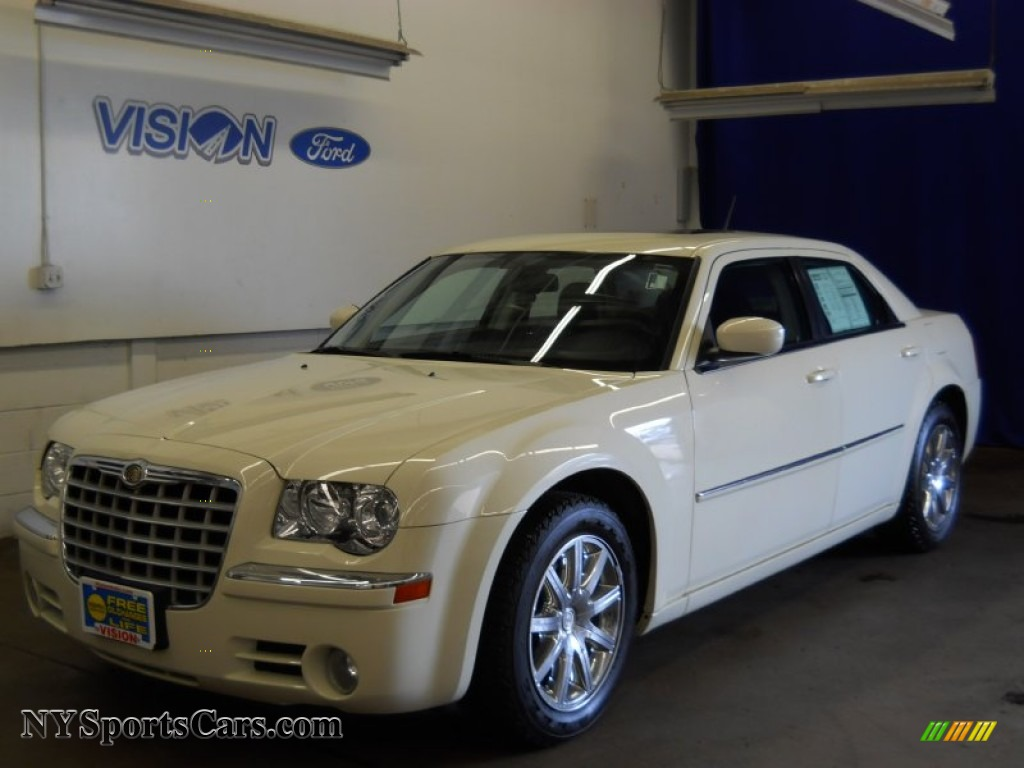 2008 Chrysler 300 Limited in Cool Vanilla White - 207975 ...