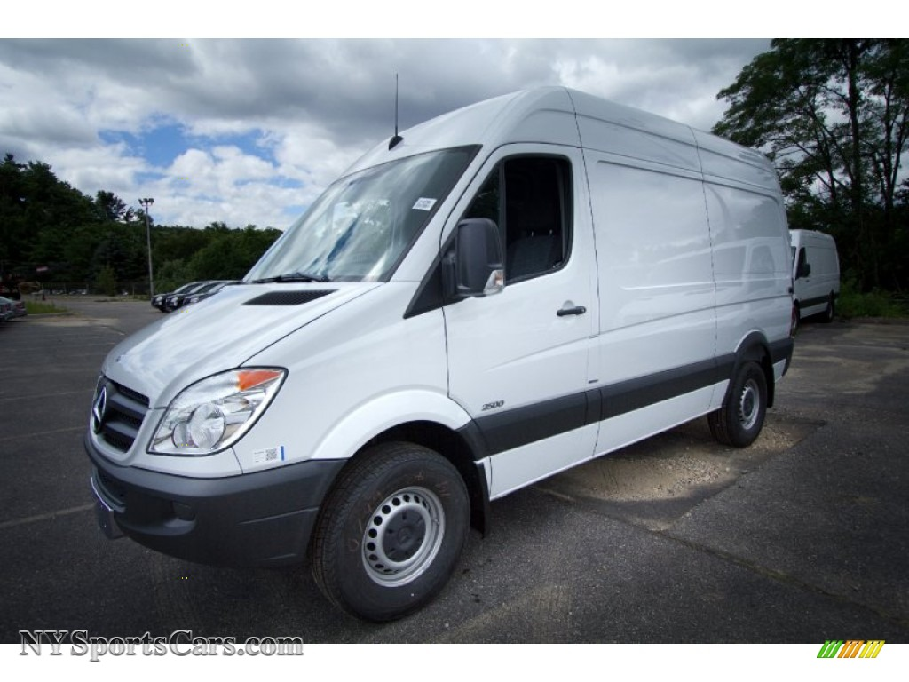2012 mercedes benz sprinter 2500 high roof cargo van in for Mercedes benz northern blvd