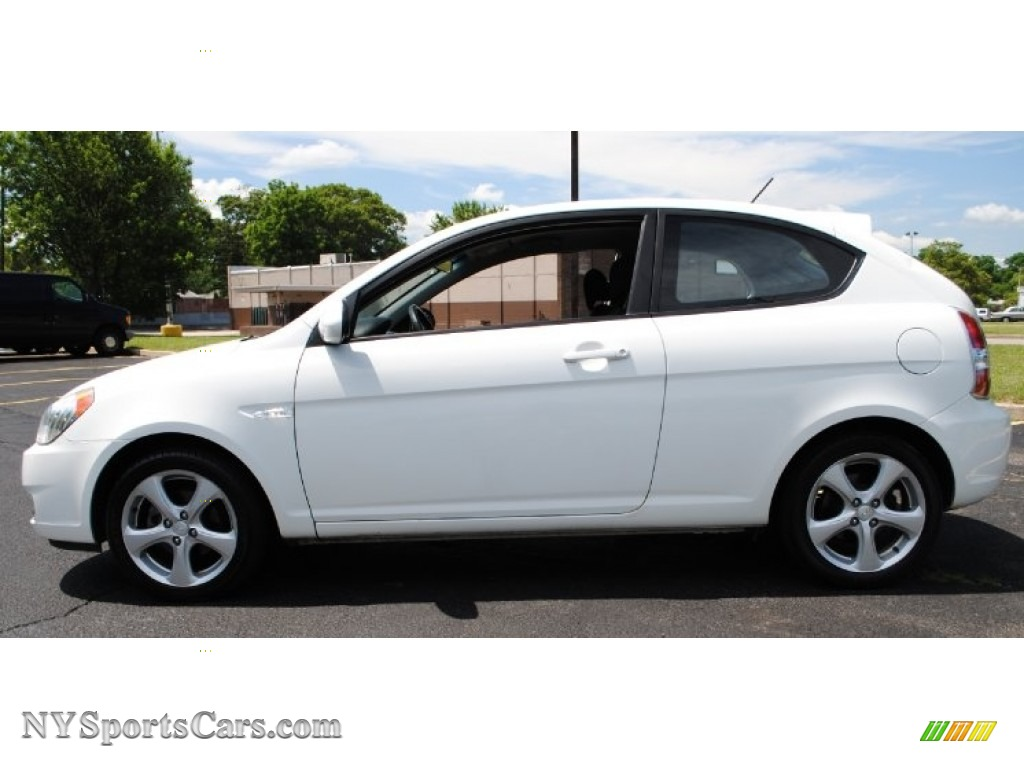 2007 hyundai accent se coupe in nordic white photo 3 024556 cars for. Black Bedroom Furniture Sets. Home Design Ideas
