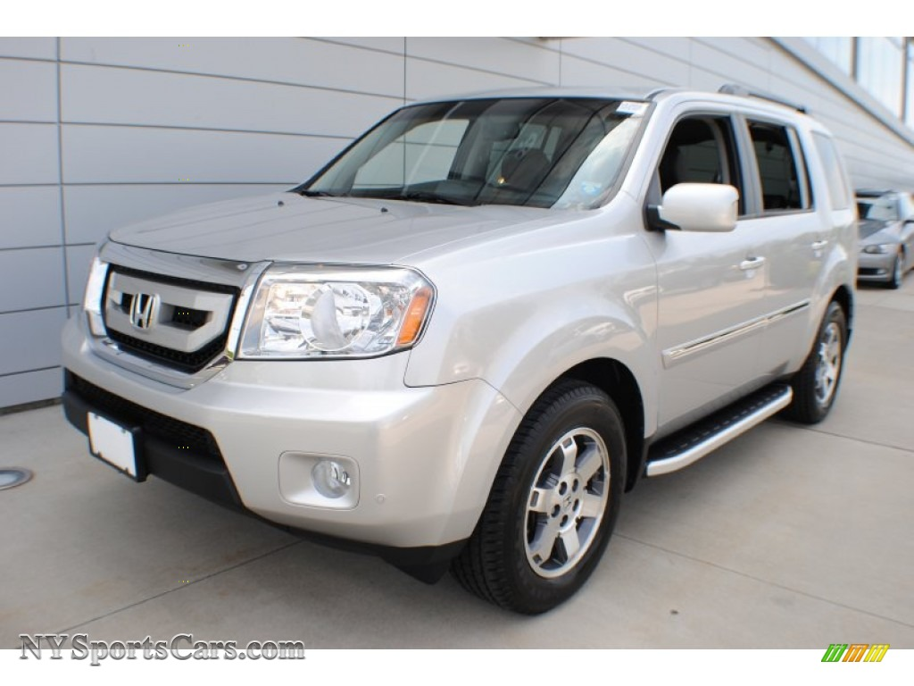 2011 Honda Pilot Touring 4wd In Alabaster Silver Metallic 042794 Nysportscars Com Cars For Sale In New York