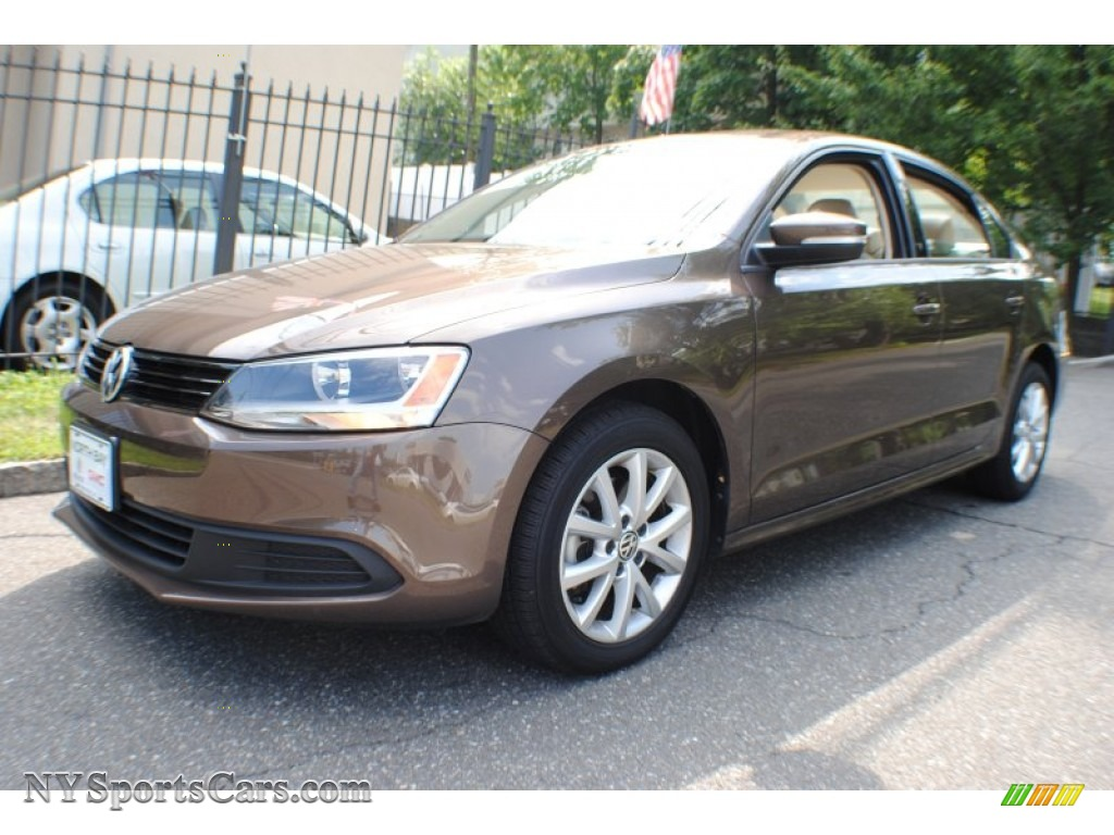 2011 Volkswagen Jetta Se Sedan In Toffee Brown Metallic