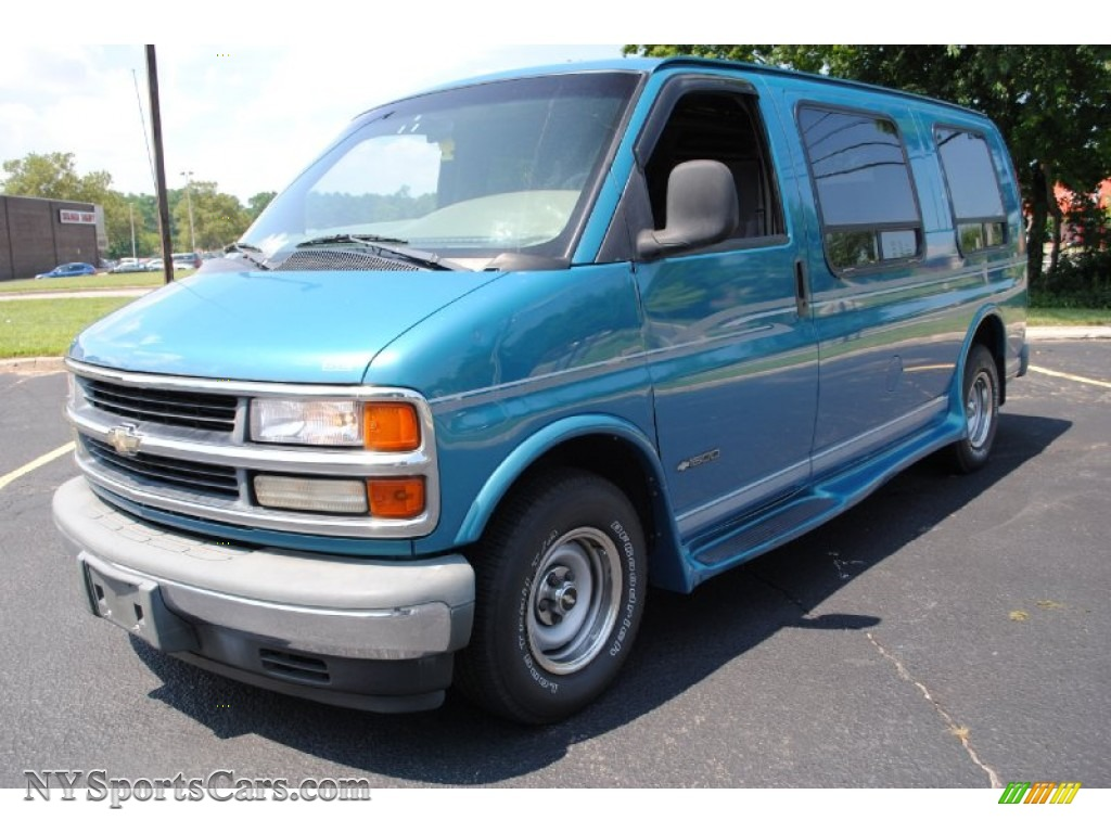 1999 chevrolet express 1500 passenger conversion van in medium fernmist green metallic 079059. Black Bedroom Furniture Sets. Home Design Ideas