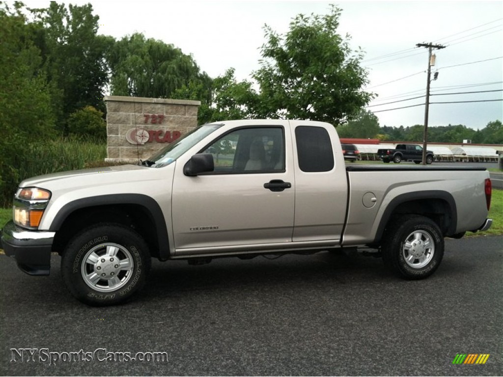 2004 chevrolet colorado ls extended cab 4x4 in silver birch metallic 213180. Black Bedroom Furniture Sets. Home Design Ideas