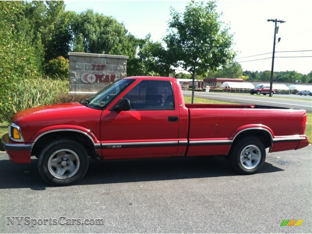 Victory red gray chevrolet s10 ls regular cab